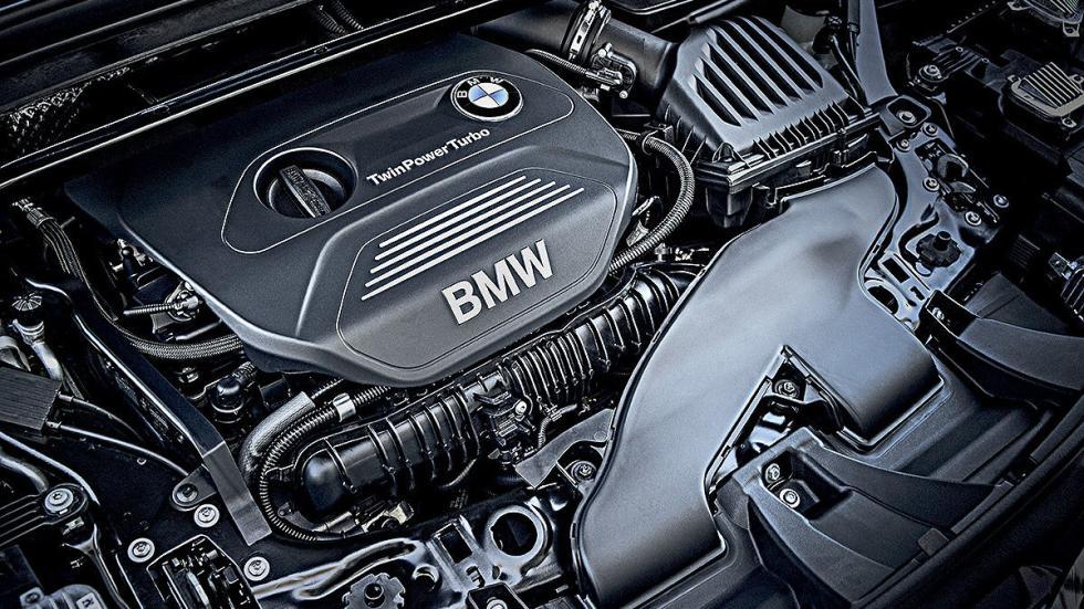 Prueba: BMW X1 2015 detalle motor