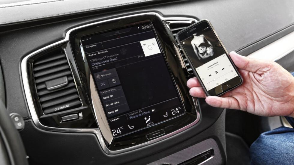 Volvo XC90 2015 conectividad