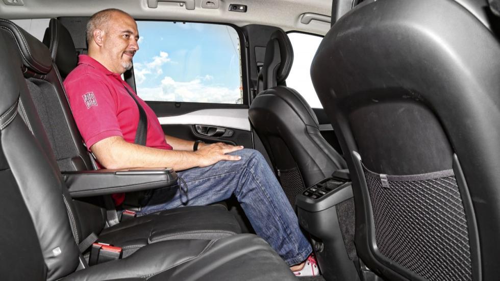 Volvo XC90 2015 espacio trasero