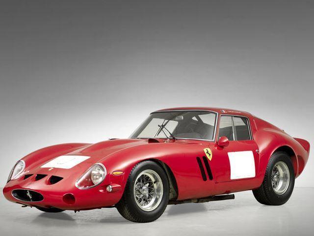Ferrari 355 S Spider Scaglietti de 1957 tres cuartos delatero
