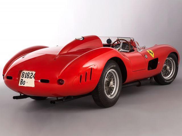Ferrari 355 S Spider Scaglietti de 1957 tres cuartos trasero