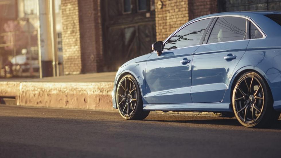 Audi S3 Riviera Blue Vorsteiner tres cuartos traseros