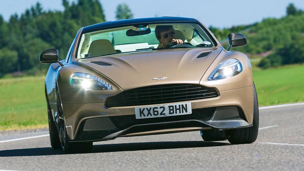Aston Martin Vanquish: 323 km/h