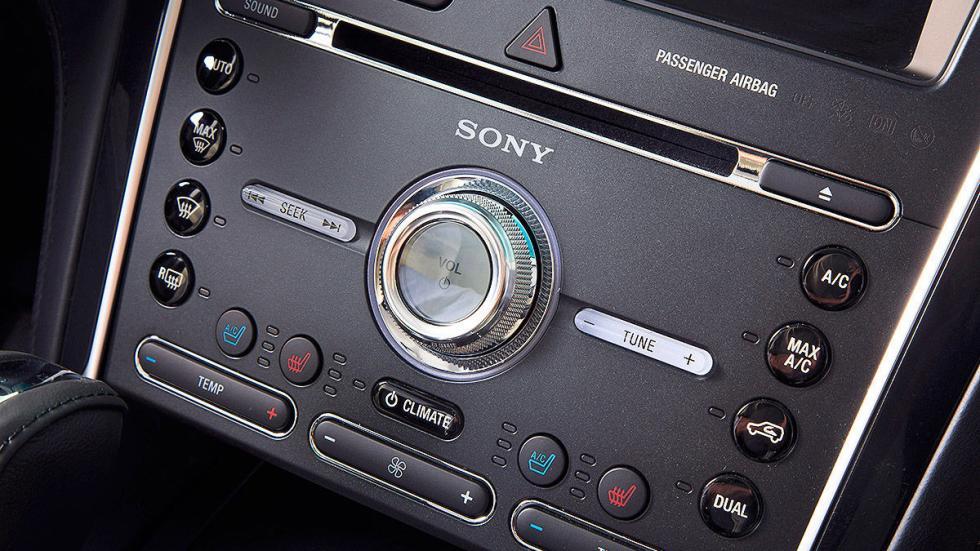 Prueba: Ford Explorer 2016 detalle Sony