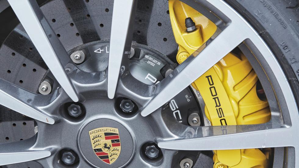 Porsche 911 2016 frenos ceramicos