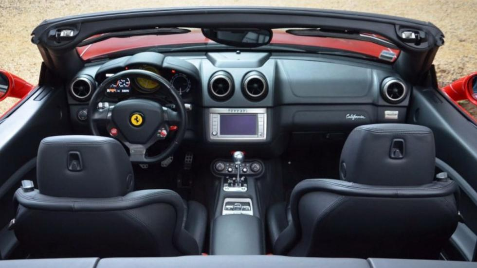 Ferrari California manual interior