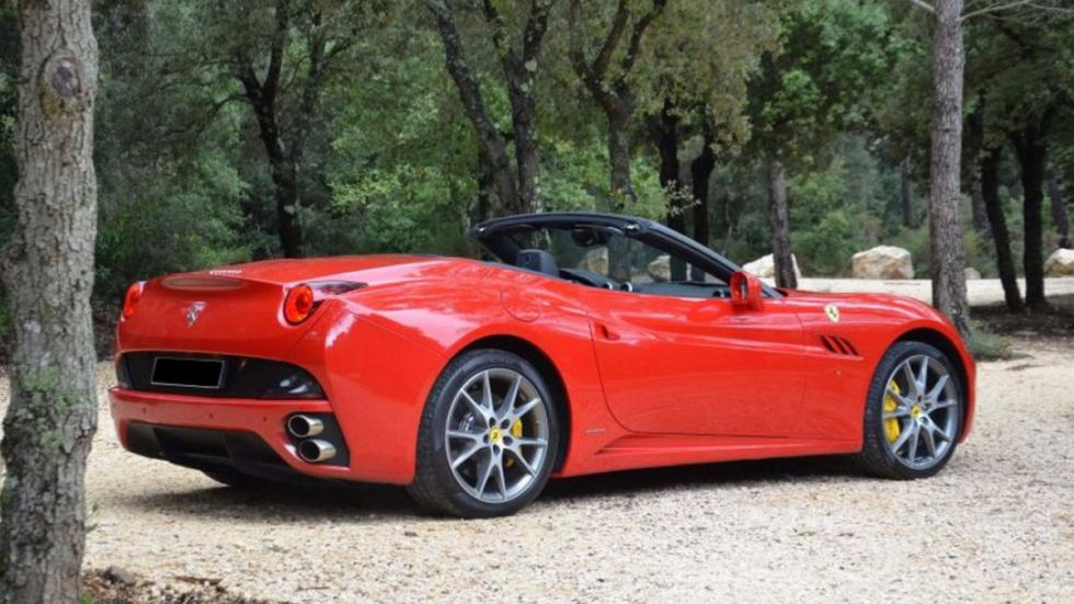 Ferrari California manual trasera