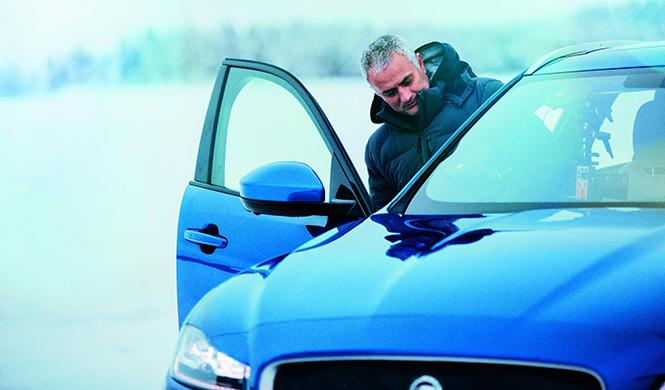 Mourinho Jaguar F-Pace hielo 2