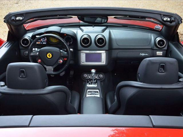 Ferrari California interior