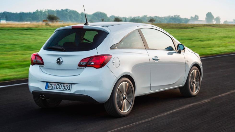 Opel Corsa GLP tres cuatros traseros