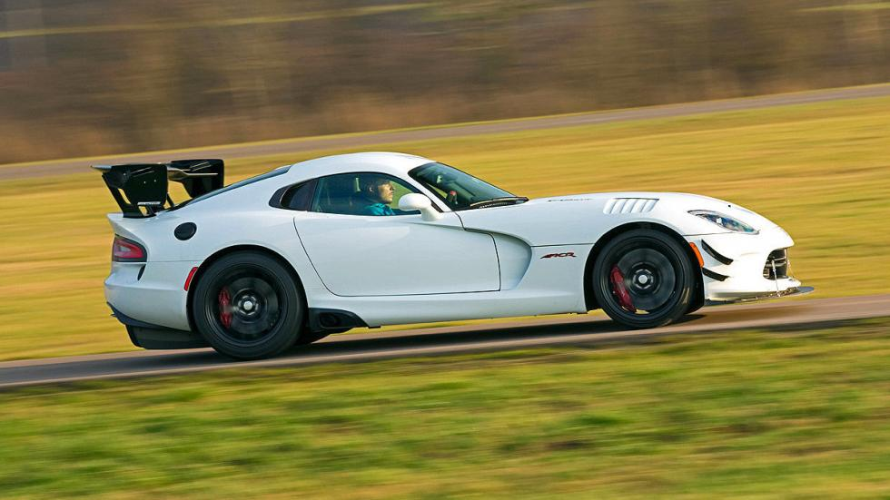 Dodge Viper ACR lateral