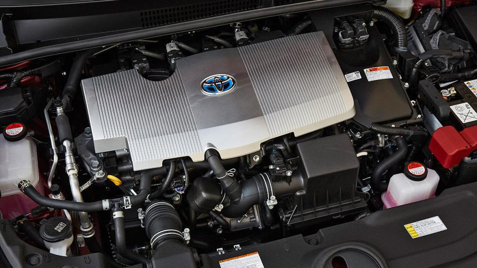 Toyota Prius 2016 detalle interior motor