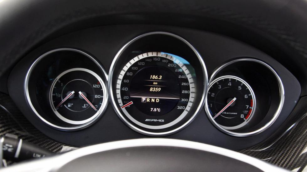 Mercedes-AMG CL  relojes