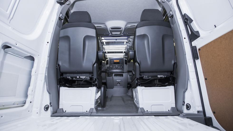 Mercedes-Sprinter-Worker-caja