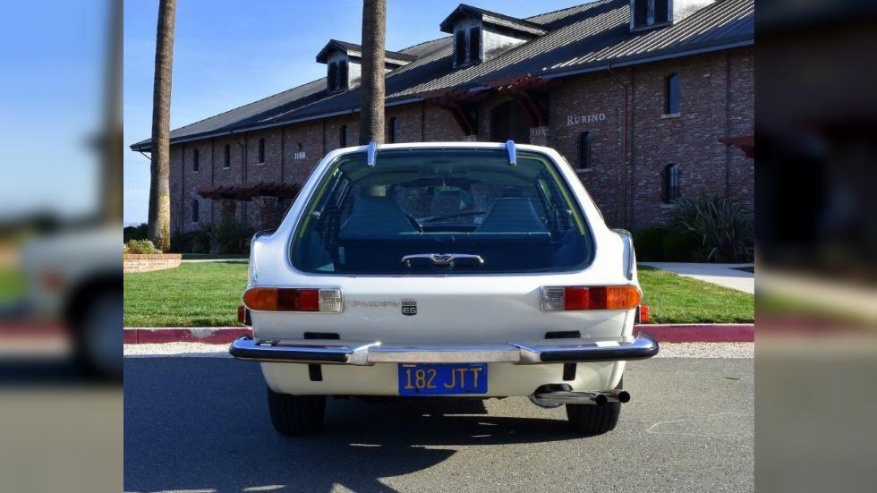 Volvo 1800ES trasera