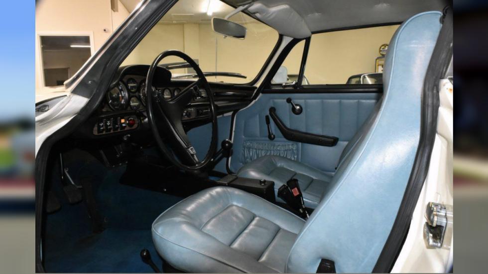 Volvo 1800ES interior