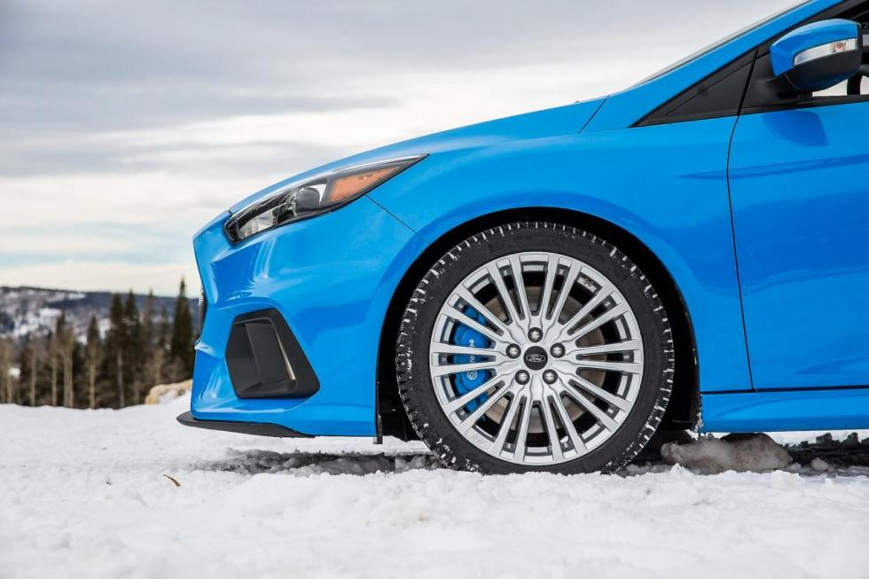 Ford Focus RS 2016 con Winter Pack detalle
