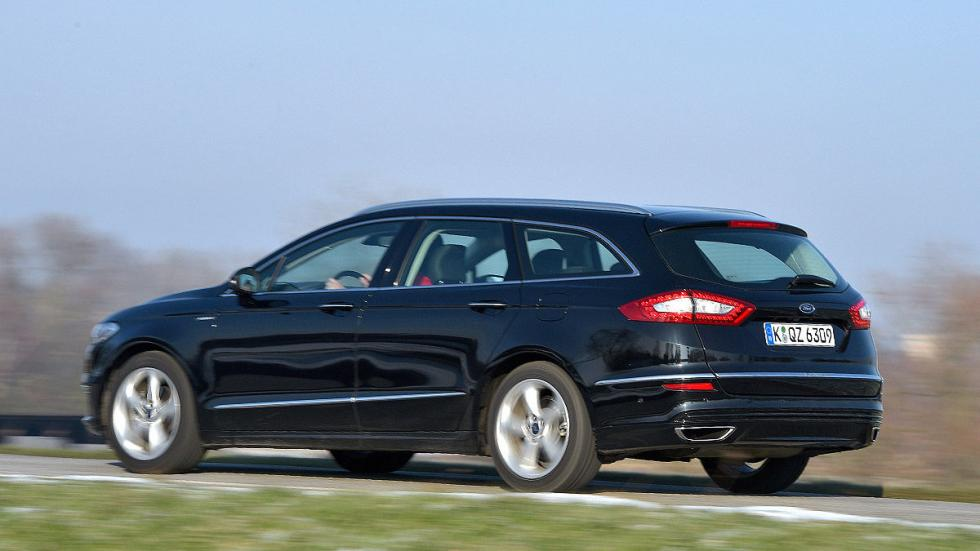 Ford Mondeo Sportbreak lateral