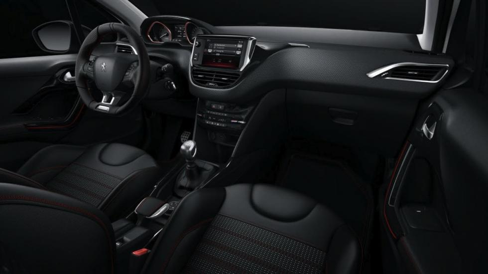Peugeot 2008 GT Line 2017 interior