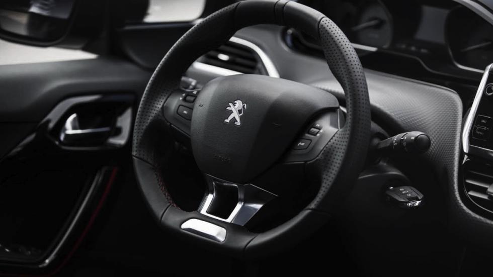Peugeot 2008 GT Line 2017 volante
