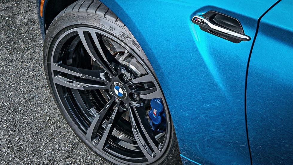 Prueba: BMW M2. LATERAL LLANTA