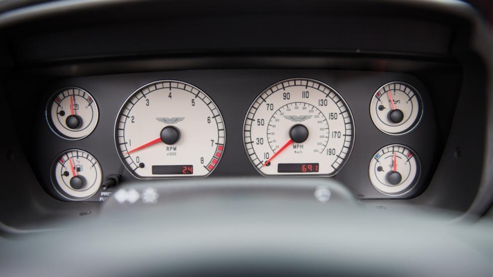 Aston Martin DB AR1 Zagato relojes