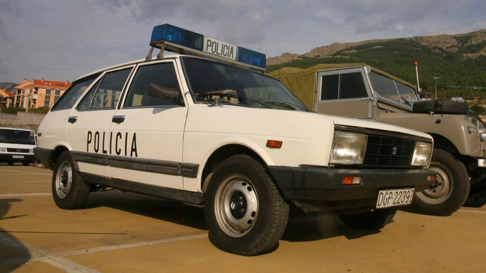 coches-23-F-1981-Seat-131-Supermirafiori-Panorama