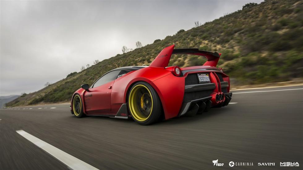 Ferrari 458 Italia by Misha Designs tres cuartos traseros