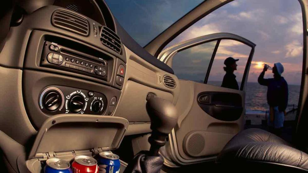 Interior del Renault Scenic de 1996