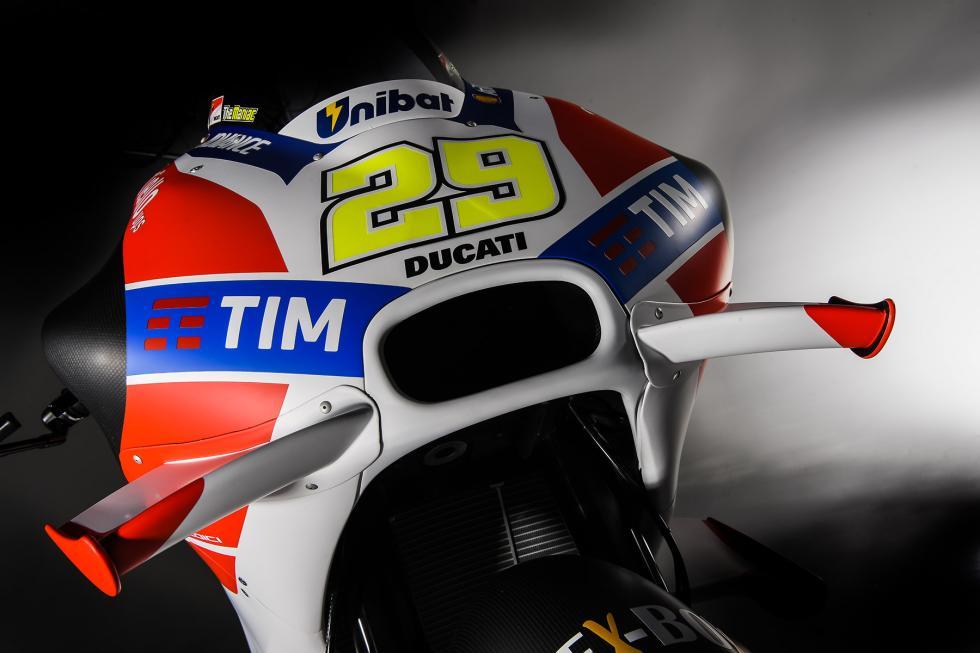 Ducati-MotoGP-2016-1