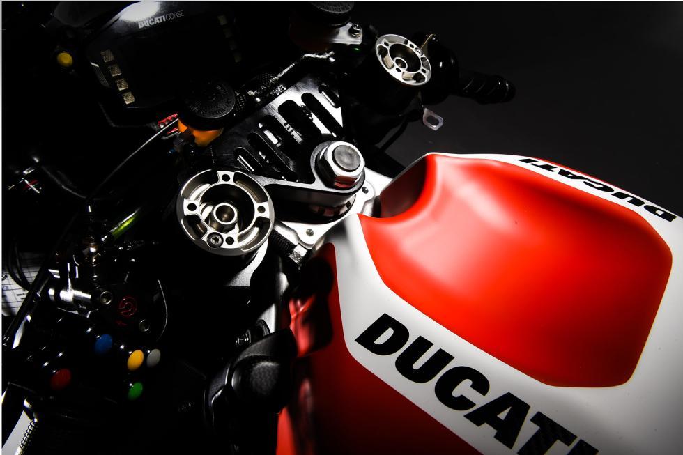 Ducati-MotoGP-2016-8