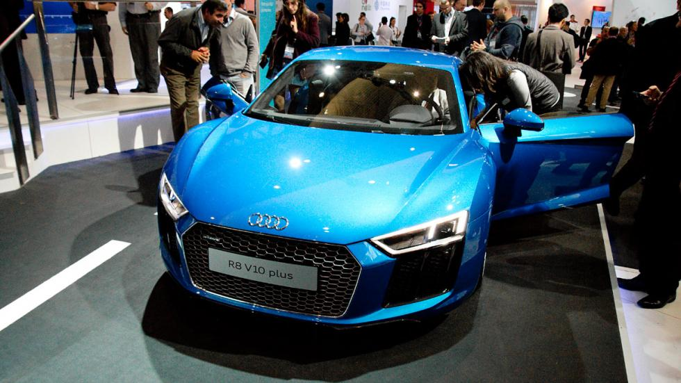 Mobile World Congress MWC audi r8 2016