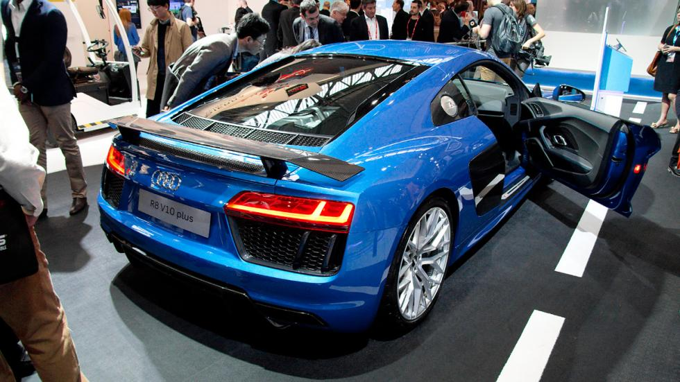 Mobile World Congress MWC audi r8 2016 trasera