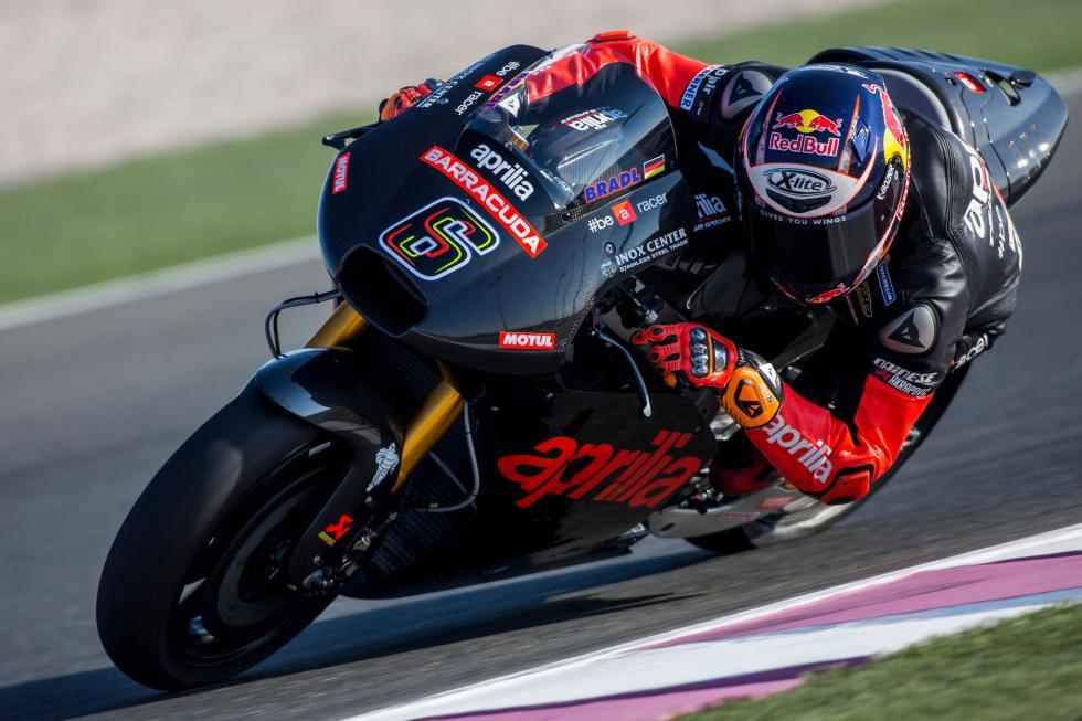Test-Aprilia-MotoGP-Qatar-2016-2