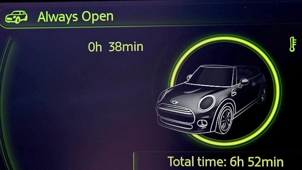 Mini Cooper S Cabrio detalle instrumentación