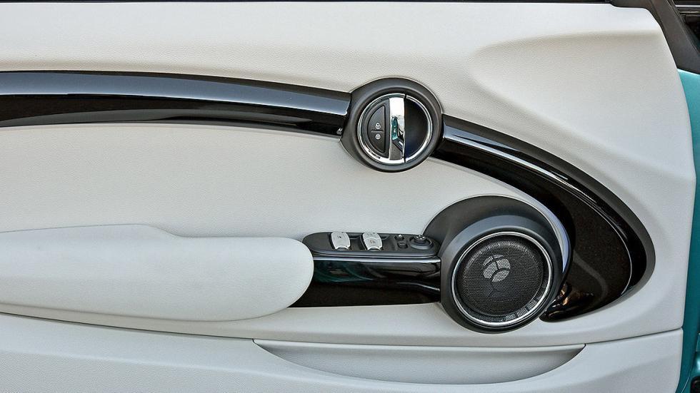 Mini Cooper S Cabrio puerta