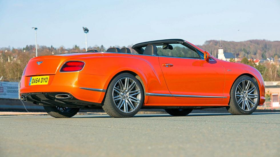 Bentley Continental GT Speed/Caterham Seven 16 17