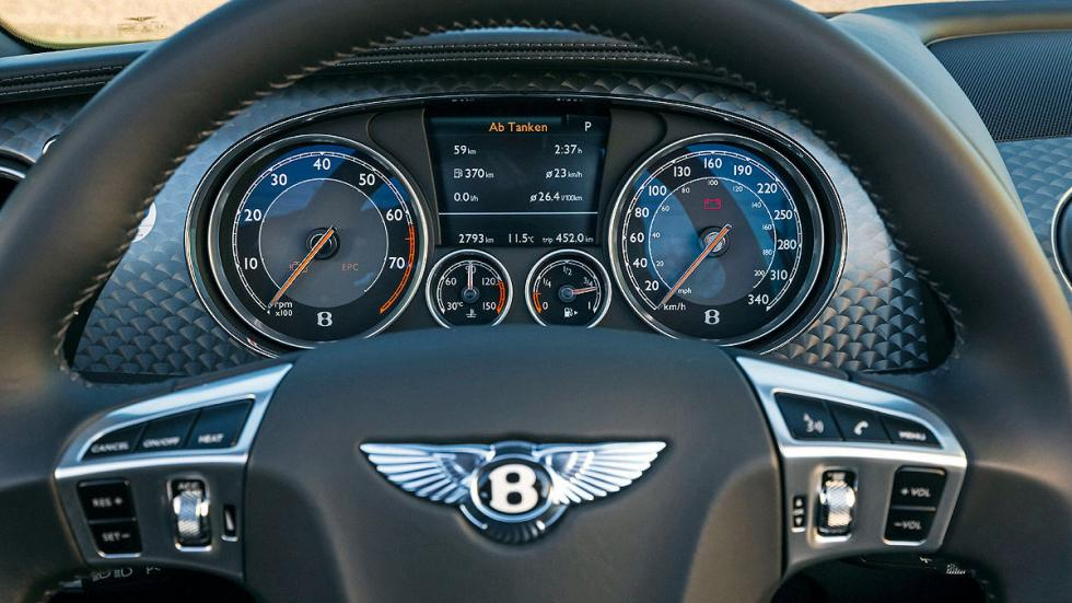 Bentley Continental GT Speed/Caterham Seven 16 20