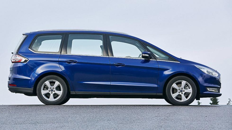 7 Volkswagen Sharan vs Ford Galaxy