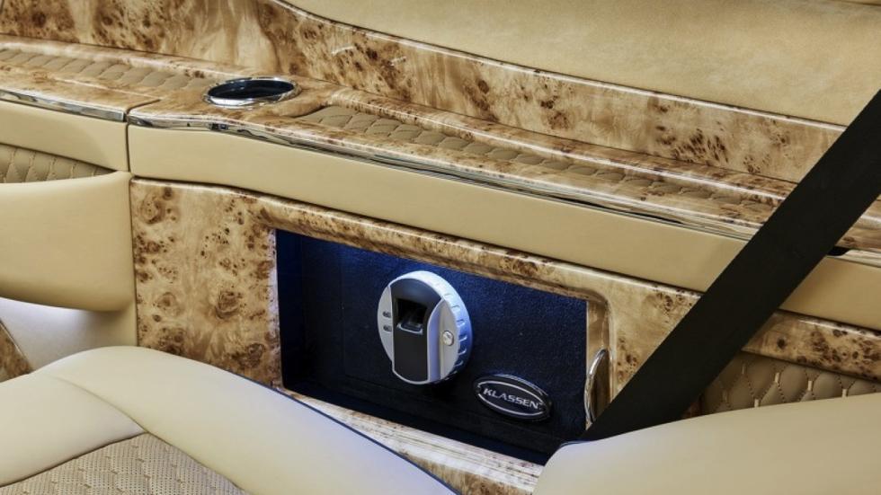 Mercedes Clase V Black Crystal detalle