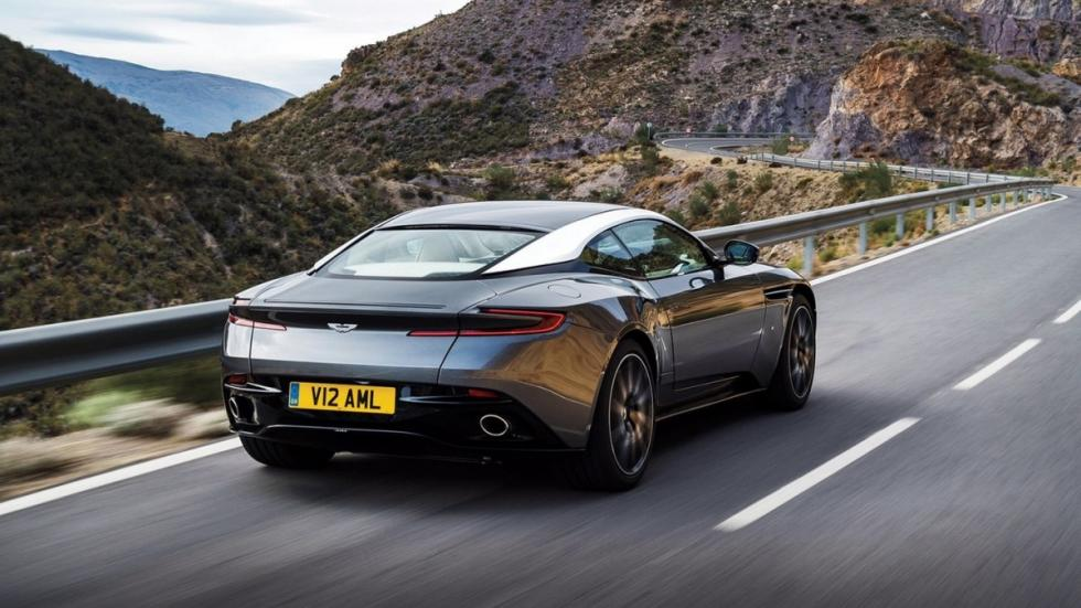 Aston Martin DB11 zaga