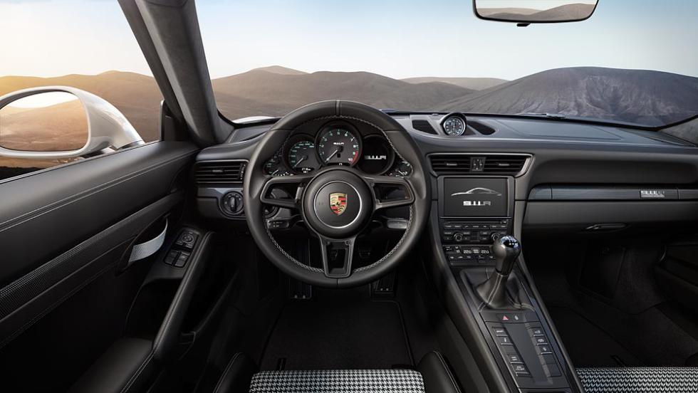 Nuevo Porsche 911 R interior