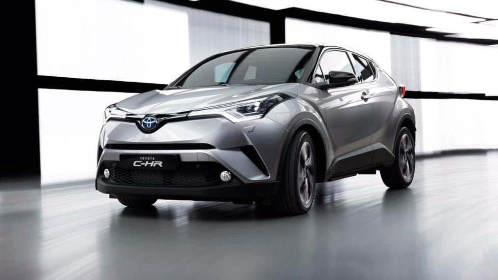 Toyota C-HR, 3-4 delantero