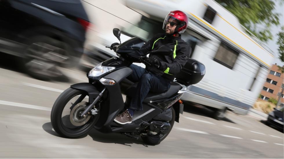 motos-más-vendidas-febrero-2016-Kymco-Agility-City-125