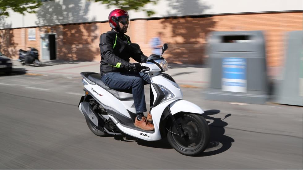 motos-más-vendidas-febrero-2016-Sym-Simphony -125