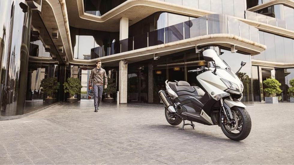 motos-más-vendidas-febrero-2016-Yamaha-T-Max-125