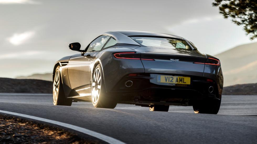 Aston Martin DB11 2016 zaga