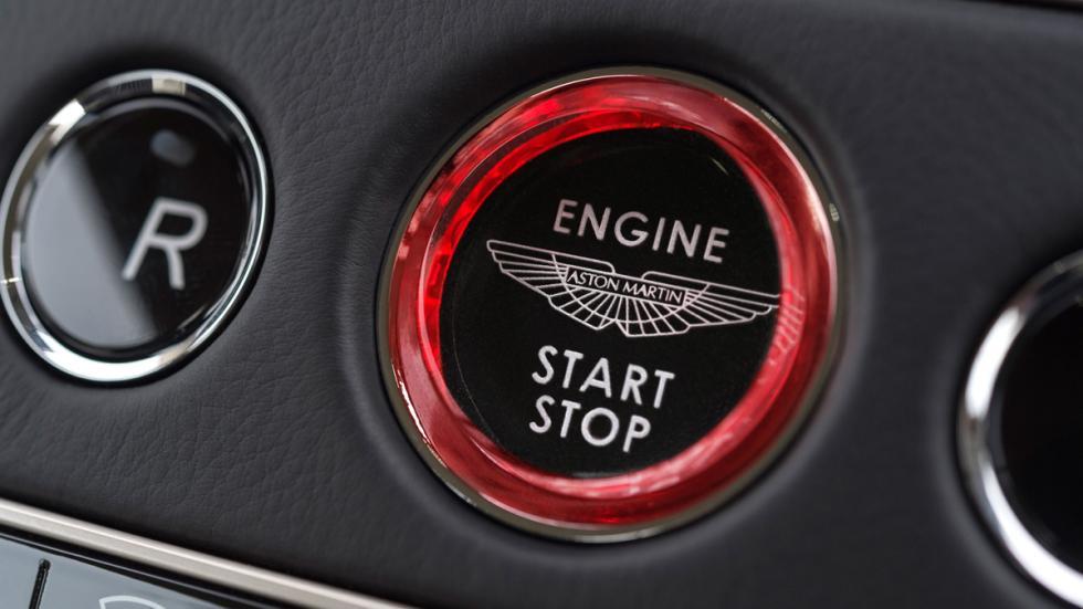 Aston Martin DB11 2016 botón arranque