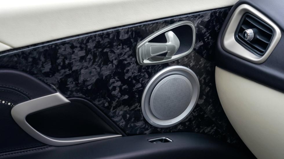 Aston Martin DB11 2016 detalle interior