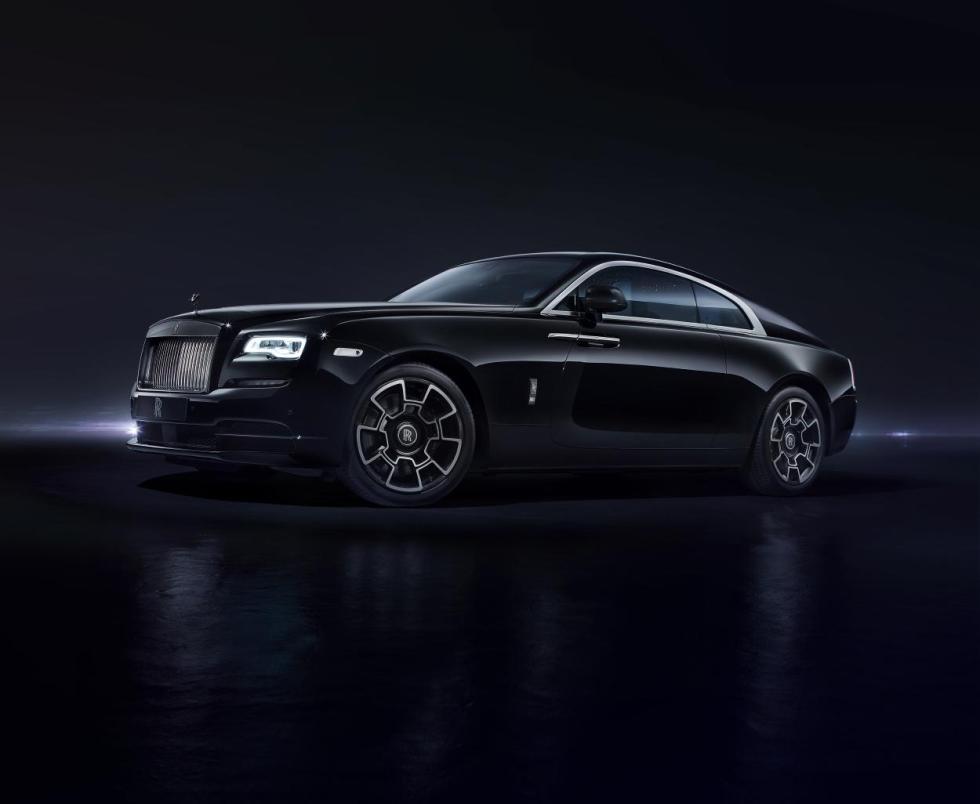 Rolls-Royce Black Badge tres cuartos delanteros